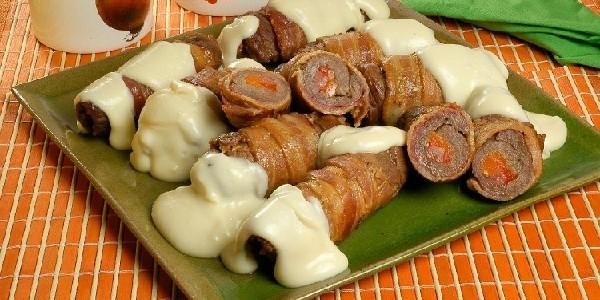 bife-a-role-com-bacon-e-catupiry